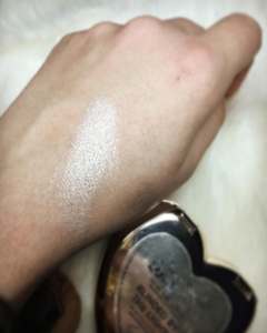 too-faced-blinded-by-the-light-highlighter-swatch